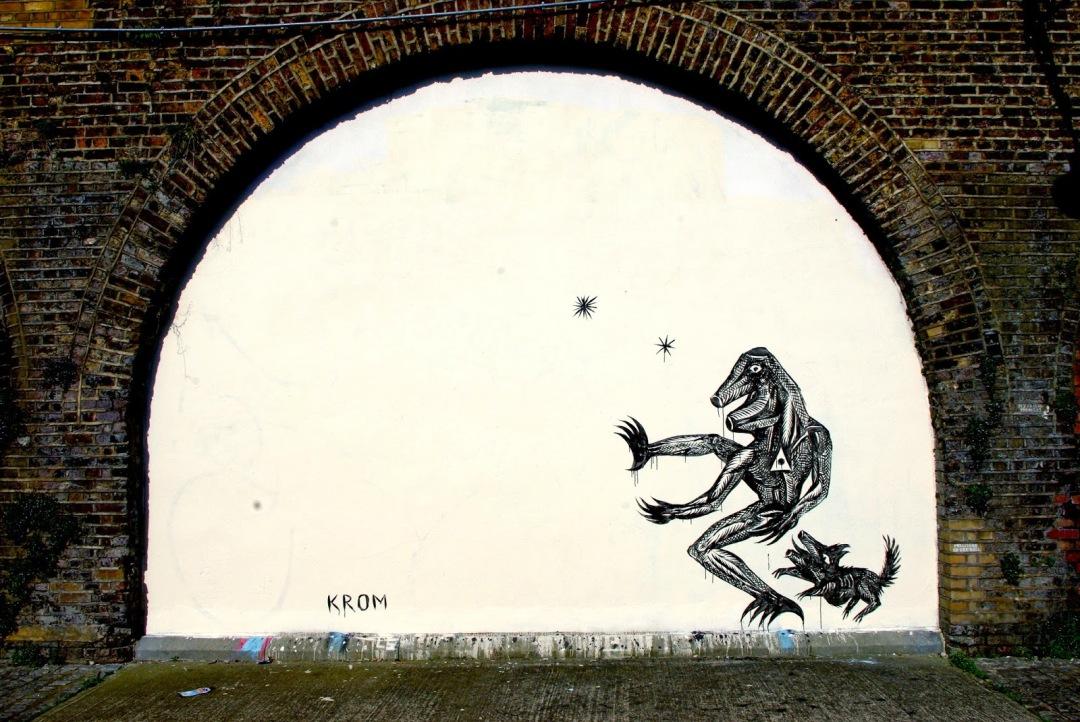 krom- arch